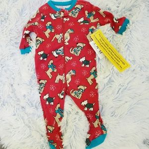 NWT Children's Place Sleeper dogs snowflakes 0-3m